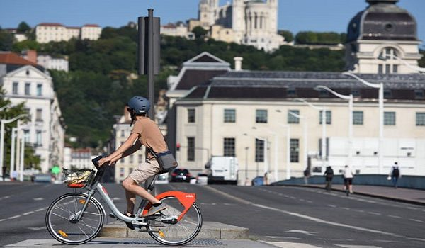 Vélo'v, une idée géniale pour lutter contre la pollution en ville